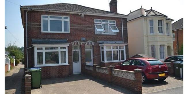 £950 per Calendar Month, 3 Bedroom House To Rent in Southampton, SO17