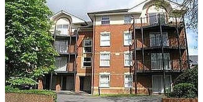 £900 per Calendar Month, 2 Bedroom Apartment To Rent in Southampton, SO15