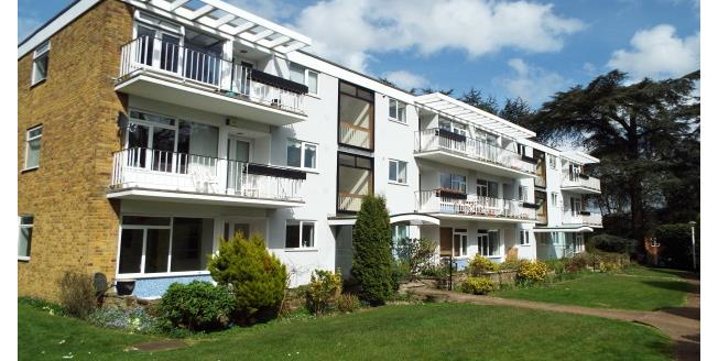 £825 per Calendar Month, 2 Bedroom Apartment To Rent in Southampton, SO16