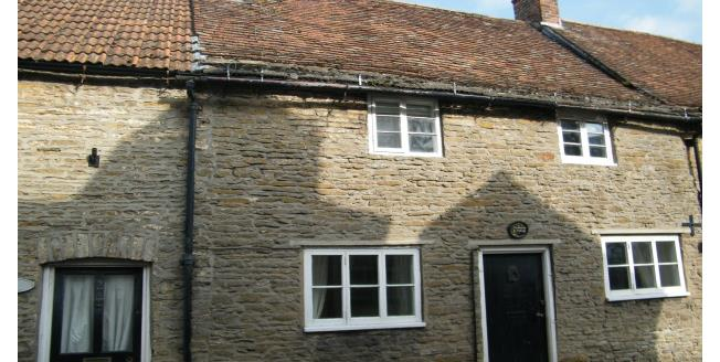 £625 per Calendar Month, 2 Bedroom Cottage House To Rent in Sturminster Newton, DT10