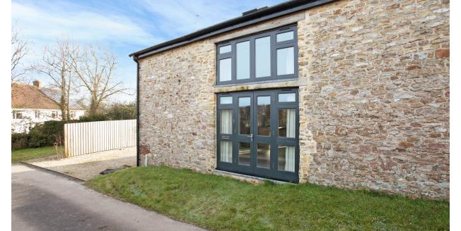 £825 per Calendar Month, 2 Bedroom House To Rent in West Buckland, TA21