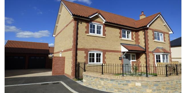 £1,800 per Calendar Month, 5 Bedroom House To Rent in Taunton, TA3