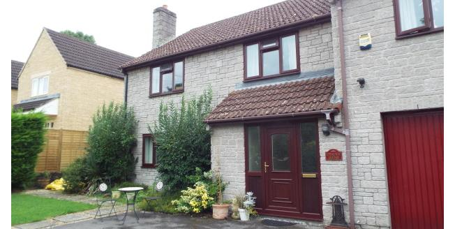 £1,350 per Calendar Month, 4 Bedroom Detached House To Rent in Somerton, TA11