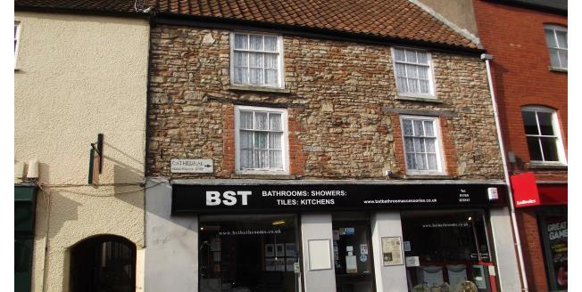 £525 per Calendar Month, 2 Bedroom Flat To Rent in Wells, BA5