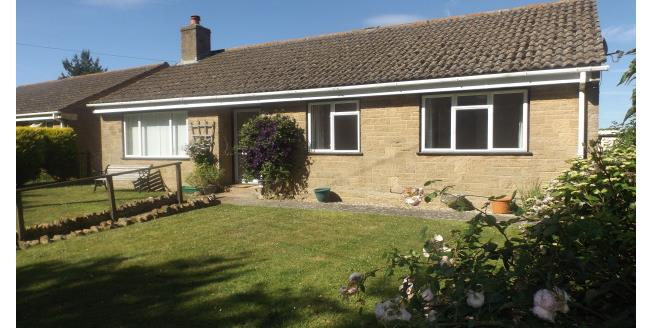 £850 per Calendar Month, 3 Bedroom Bungalow To Rent in South Petherton, TA13