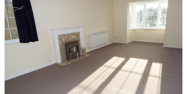 £800 per Calendar Month, 2 Bedroom Flat To Rent in Christchurch, BH23