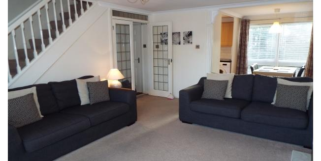 £825 per Calendar Month, 2 Bedroom Maisonette Apartment To Rent in Highcliffe, BH23