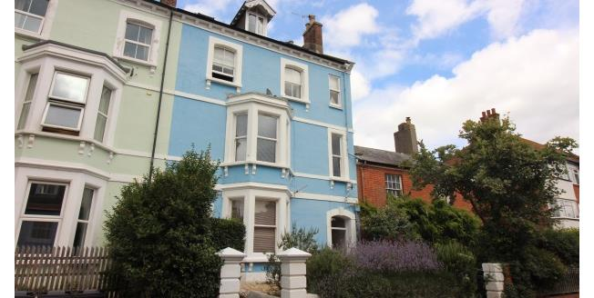 £475 per Calendar Month, 1 Bedroom Flat To Rent in Bridport, DT6