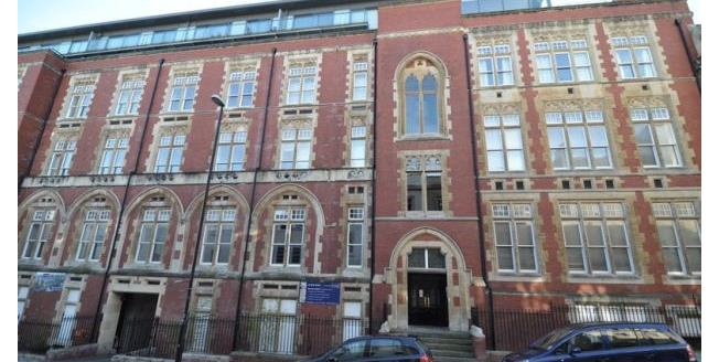 £1,765 per Calendar Month, 2 Bedroom Apartment To Rent in Bristol, BS1