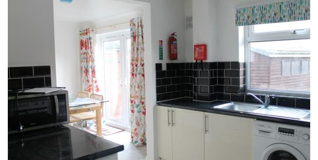 £300 per Calendar Month, 1 Bedroom Apartment To Rent in Worcester, WR1