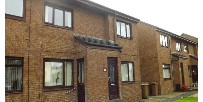 £450 per Calendar Month, 2 Bedroom Flat To Rent in Kilmarnock, KA1