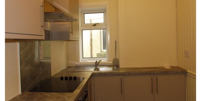 £375 per Calendar Month, 1 Bedroom Flat To Rent in Stevenston, KA20