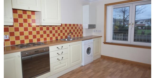 £695 per Calendar Month, 2 Bedroom Flat To Rent in Largs, KA30