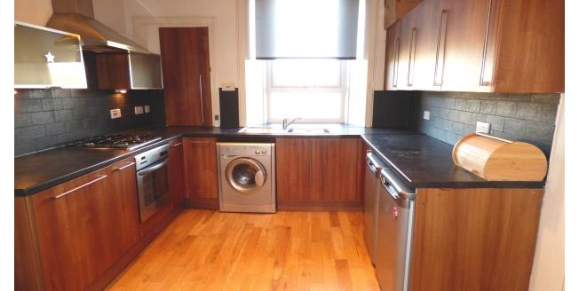 £500 per Calendar Month, 1 Bedroom Apartment To Rent in Glasgow, G42