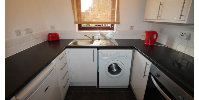 £775 per Calendar Month, 1 Bedroom Apartment To Rent in Glasgow, G1