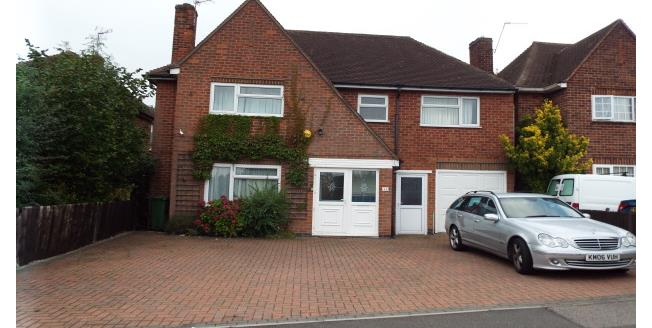 £1,000 per Calendar Month, 4 Bedroom House To Rent in Wigston, LE18