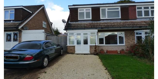 £725 per Calendar Month, 3 Bedroom Semi Detached House To Rent in Nuneaton, CV13