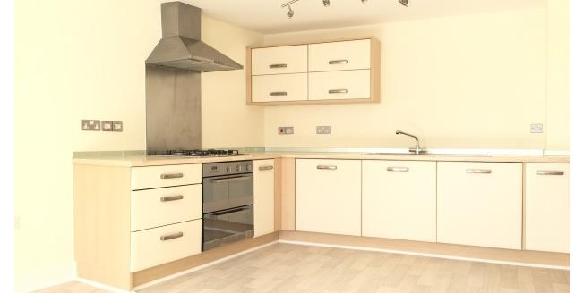 £600 per Calendar Month, 2 Bedroom Apartment To Rent in Liskeard, PL14