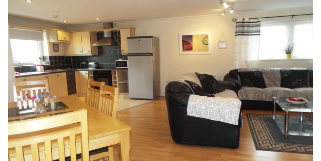 £1,000 per Calendar Month, 2 Bedroom Apartment To Rent in Cardiff, CF10