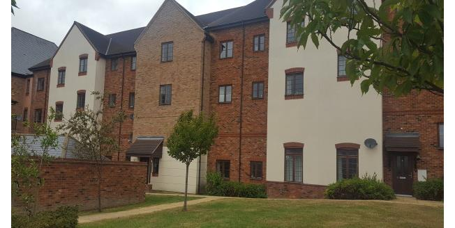 £925 per Calendar Month, 2 Bedroom Apartment To Rent in Monkston Park, MK10