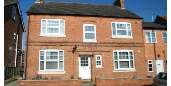 £425 per Calendar Month, 1 Bedroom Apartment To Rent in Kettering, NN14