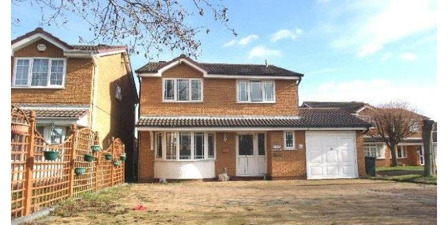 £1,300 per Calendar Month, 4 Bedroom Detached House To Rent in Huntingdon, PE29