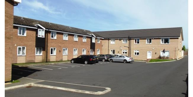 £825 per Calendar Month, 3 Bedroom Ground Flat Apartment To Rent in Biggleswade, SG18