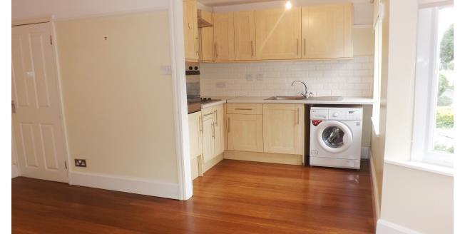 £1,250 per Calendar Month, 2 Bedroom Apartment To Rent in Headington, OX3