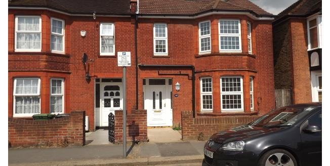 £550 per Calendar Month, 1 Bedroom Apartment To Rent in Watford, WD18