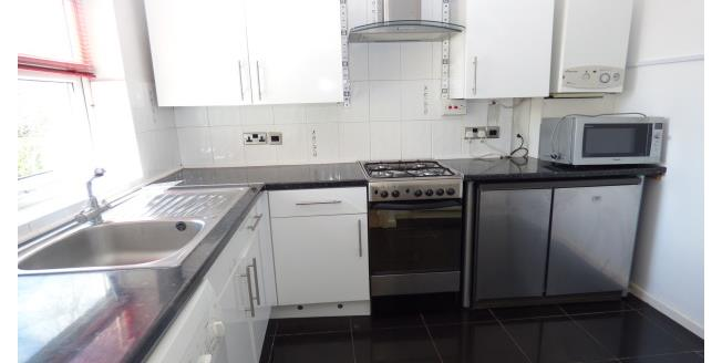 £850 per Calendar Month, 1 Bedroom Flat To Rent in Watford, WD25