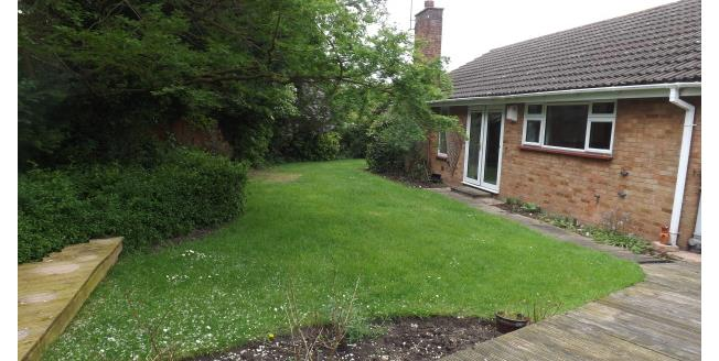 £1,200 per Calendar Month, 3 Bedroom Bungalow To Rent in Bedford, MK41