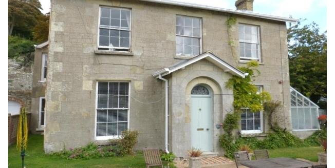 £1,400 per Calendar Month, 4 Bedroom House To Rent in Ventnor, PO38