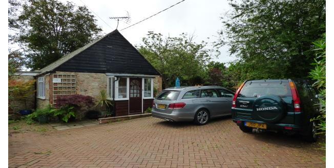 £950 per Calendar Month, 3 Bedroom Bungalow To Rent in Newport, PO30
