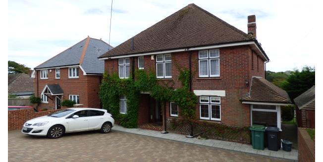 £900 per Calendar Month, 4 Bedroom House To Rent in Newport, PO30