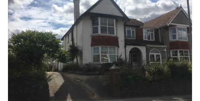 Guide Price £75,000, 2 Bedroom Ground Flat Apartment For Sale in TQ3