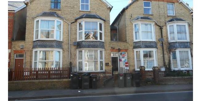 Guide Price £35,000, Studio Apartment For Sale in TA2