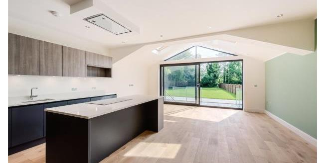 Asking Price £2,350,000, 6 Bedroom Detached House For Sale in W5