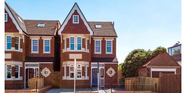 Asking Price £2,000,000, 6 Bedroom Detached House For Sale in W5