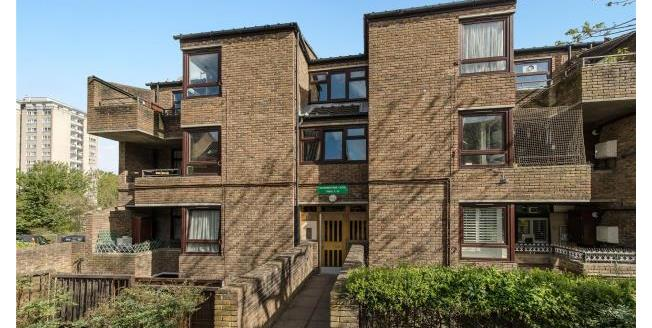Asking Price £300,000, 1 Bedroom Apartment For Sale in SW19