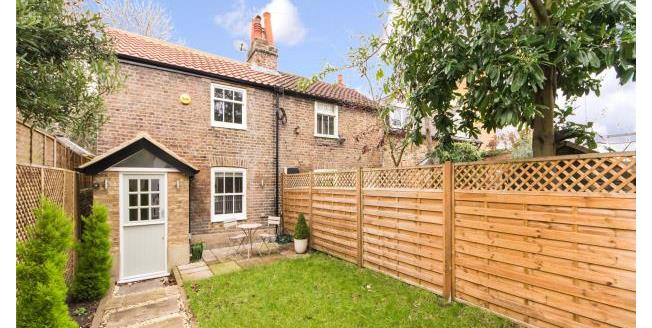 Asking Price £580,000, 2 Bedroom End of Terrace House For Sale in Twickenham, TW1