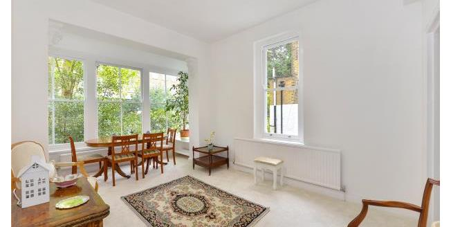 Asking Price £800,000, 1 Bedroom Apartment For Sale in London, SW5