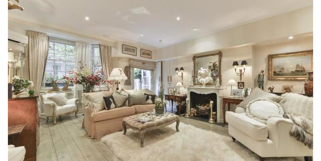 Asking Price £950,000, 2 Bedroom Apartment For Sale in SW1X