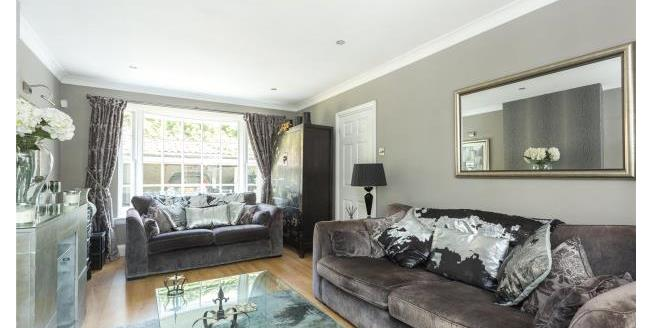 Asking Price £600,000, 2 Bedroom House For Sale in Chigwell, IG7