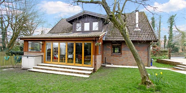 Asking Price £635,000, 4 Bedroom Detached House For Sale in West Sussex, RH10