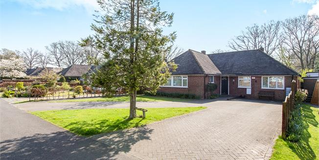 Asking Price £625,000, 3 Bedroom Bungalow For Sale in Milland, GU30