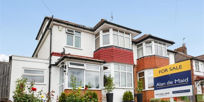 Guide Price £580,000, 4 Bedroom Semi Detached House For Sale in Bromley, BR1