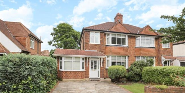 Asking Price £620,000, 3 Bedroom Semi Detached House For Sale in Bromley, BR2