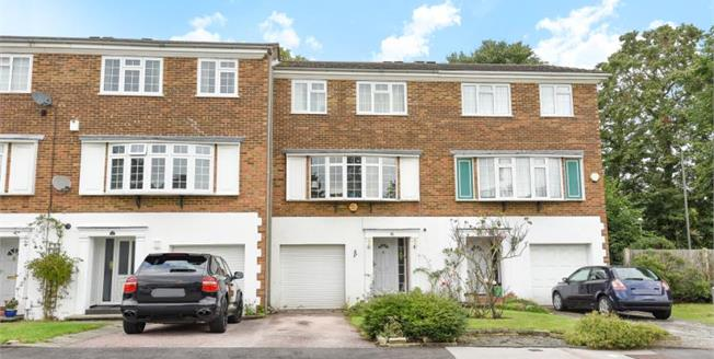 Asking Price £625,000, 4 Bedroom Terraced House For Sale in Bromley, BR1