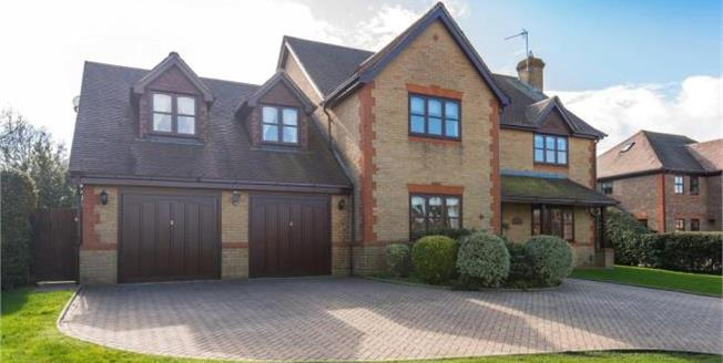 Asking Price £1,250,000, 5 Bedroom Detached House For Sale in Cheshunt, EN7
