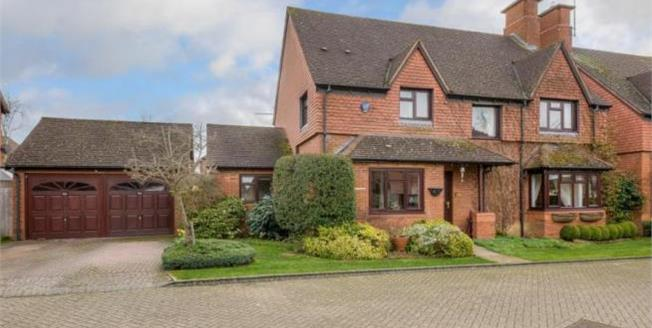 Guide Price £680,000, Detached House For Sale in Loughton, MK5